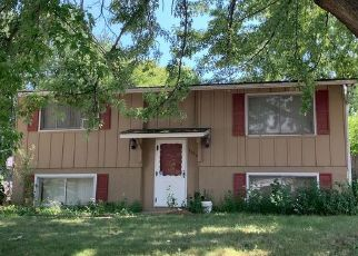Foreclosed Home in Racine 53406 WARWICK WAY - Property ID: 4491307429