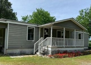 Foreclosed Home in Dunn 28334 JULIAN RD - Property ID: 4491618841