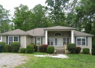 Foreclosed Home in Waverly 37185 STATION DR - Property ID: 4491822493
