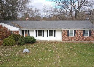 Foreclosed Home in Valparaiso 46385 MEADOWRIDGE RD - Property ID: 4491875936
