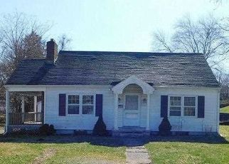 Foreclosed Home in Highland 12528 VAN WAGNER RD - Property ID: 4491935933