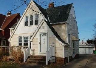 Foreclosed Home in Euclid 44132 ORIOLE AVE - Property ID: 4491964839