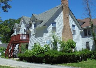 Foreclosed Home in Chicago Heights 60411 EUCLID AVE - Property ID: 4492055494