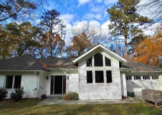 Foreclosed Home in Durham 27707 BUCKINGHAM RD - Property ID: 4492057686
