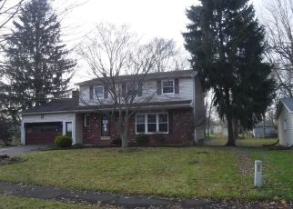 Foreclosed Home in Rochester 14624 PADDINGTON DR - Property ID: 4492076513