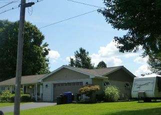 Foreclosed Home in Womelsdorf 19567 LYMAN AVE - Property ID: 4492217546