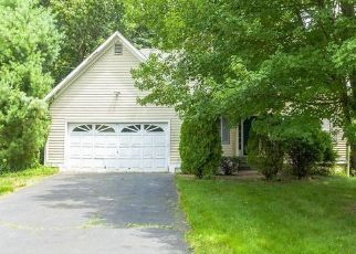 Foreclosed Home in Trumbull 06611 BONNIE VIEW DR - Property ID: 4492224551