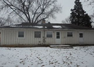 Foreclosed Home in Palatine 60067 S FREMONT ST - Property ID: 4492296825