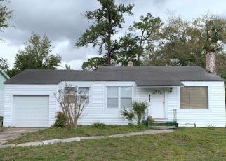 Foreclosed Home in Jacksonville 32210 BIRKENHEAD RD - Property ID: 4492438276