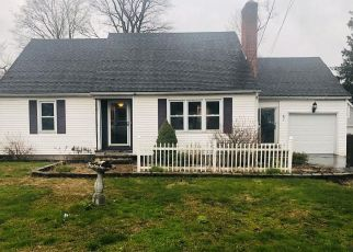 Foreclosed Home in Enfield 06082 HILLSIDE AVE - Property ID: 4492477256