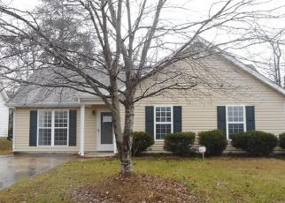 Foreclosed Home in Greensboro 27406 BRUSHY FORK DR - Property ID: 4492526761