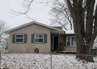Foreclosed Home in Davenport 52806 JEBENS AVE - Property ID: 4492589379