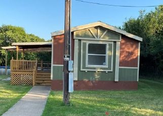 Foreclosed Home in Weatherford 76087 CHEYENNE TRL - Property ID: 4492596840