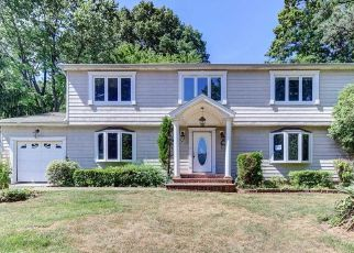 Foreclosed Home in Huntington Station 11746 MILLBROOK CT - Property ID: 4492658136
