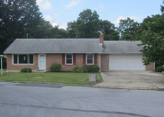 Foreclosed Home in Harrisburg 17109 BIRCHWOOD DR - Property ID: 4492697113