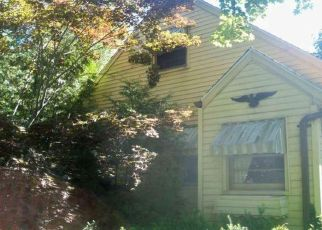 Foreclosed Home in New Britain 06051 BINGHAM ST - Property ID: 4492702374