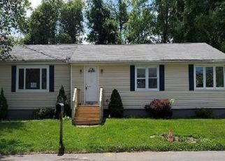 Foreclosed Home in Methuen 01844 DERRY RD - Property ID: 4492739160