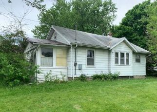 Foreclosed Home in Lansing 48906 E SHERIDAN RD - Property ID: 4492761959