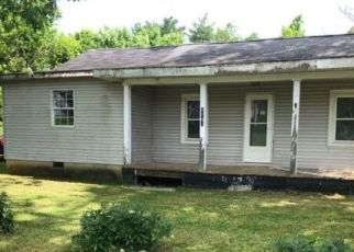 Foreclosed Home in Flemingsburg 41041 POPLAR PLAINS RD - Property ID: 4492771133