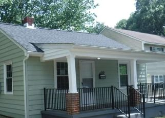 Foreclosed Home in Richmond 23231 SHIRLEYDALE AVE - Property ID: 4492879770