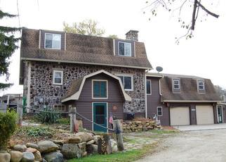 Foreclosed Home in Burlington 53105 KILLDEER CT - Property ID: 4493003260