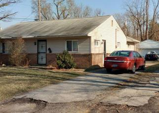Foreclosed Home in Columbus 43211 HANNA DR - Property ID: 4493129401