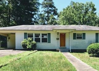 Foreclosed Home in Gilmer 75644 BROOKSY ST - Property ID: 4493149557