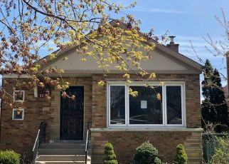 Foreclosed Home in Chicago 60629 S HAMLIN AVE - Property ID: 4493162247