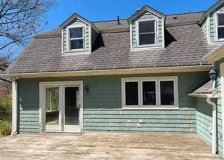 Foreclosed Home in Coventry 06238 CEDAR SWAMP RD - Property ID: 4493219633