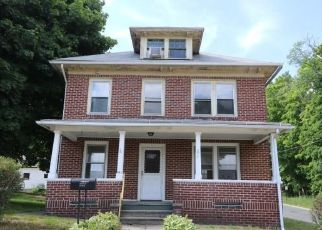 Foreclosed Home in Stafford Springs 06076 MORTON ST - Property ID: 4493230126