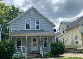 Foreclosed Home in Joliet 60435 ELIZABETH ST - Property ID: 4493278762