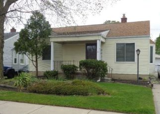Foreclosed Home in Redford 48239 GARFIELD - Property ID: 4493289259
