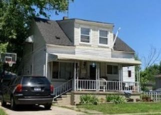 Foreclosed Home in Warren 48089 CHALMERS AVE - Property ID: 4493304148
