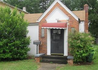 Foreclosed Home in Suffolk 23434 SAINT JAMES AVE - Property ID: 4493342254