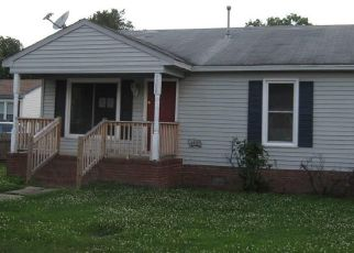 Foreclosed Home in Portsmouth 23707 BART ST - Property ID: 4493359336