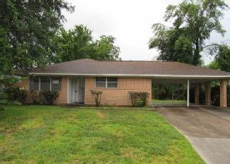 Foreclosed Home in Houston 77045 TIDEWATER DR - Property ID: 4493378165