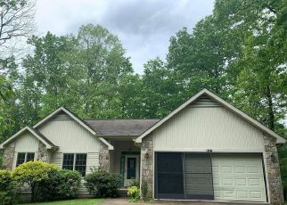Foreclosed Home in Crossville 38558 PEEBLES RD - Property ID: 4493386947