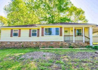 Foreclosed Home in Eads 38028 ROLLING ACRES DR - Property ID: 4493404899