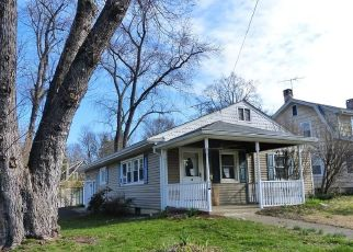 Foreclosed Home in Suffern 10901 BOULEVARD - Property ID: 4493414527