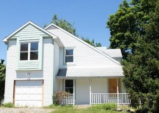Foreclosed Home in Garnerville 10923 MAPLE AVE - Property ID: 4493415851