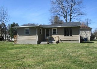 Foreclosed Home in Akron 44312 FARMDALE RD - Property ID: 4493425927