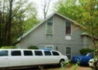 Foreclosed Home in Memphis 38116 HERMITAGE DR - Property ID: 4493443881