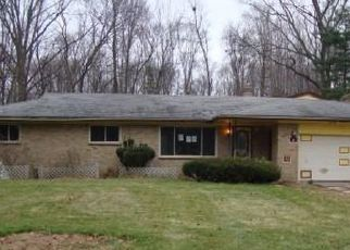 Foreclosed Home in Flint 48504 HILLVIEW AVE - Property ID: 4493499942