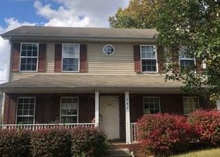 Foreclosed Home in Clarksville 37040 SUGARCANE WAY - Property ID: 4493516125