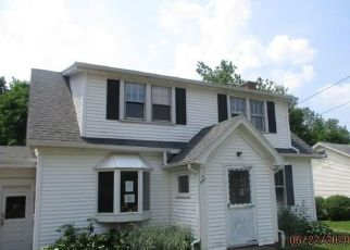 Foreclosed Home in Hamburg 14075 ECKHARDT RD - Property ID: 4493831925