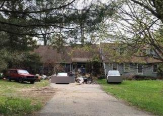 Foreclosed Home in Lebanon 06249 MACK RD - Property ID: 4493848114