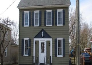 Foreclosed Home in Bridgeport 08014 RAILROAD AVE - Property ID: 4493862570