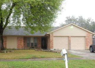 Foreclosed Home in Houston 77089 SAGEBLUFF DR - Property ID: 4493880533