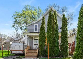 Foreclosed Home in Chicago 60621 W 62ND ST - Property ID: 4493931783