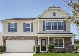 Foreclosed Home in Charlotte 28278 LAKE CROSSING DR - Property ID: 4494014999